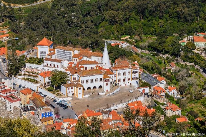 Palácio Nacional de Sintra mit seinen zwei Schornsteinen