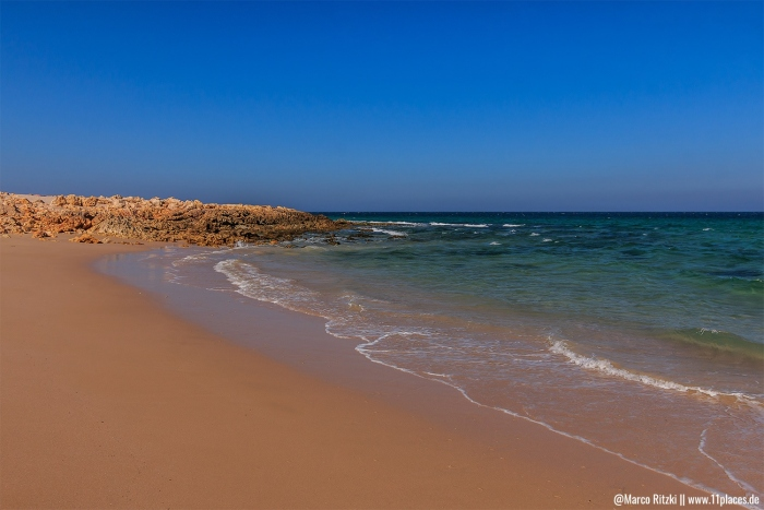 Turtle Beach mit Strandabschnitt nähe Sur