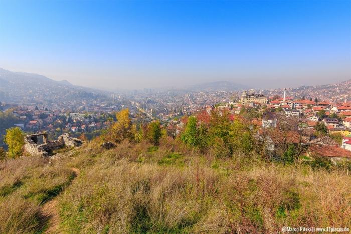 Blick von der  Weißen Bastion über Sarajevo