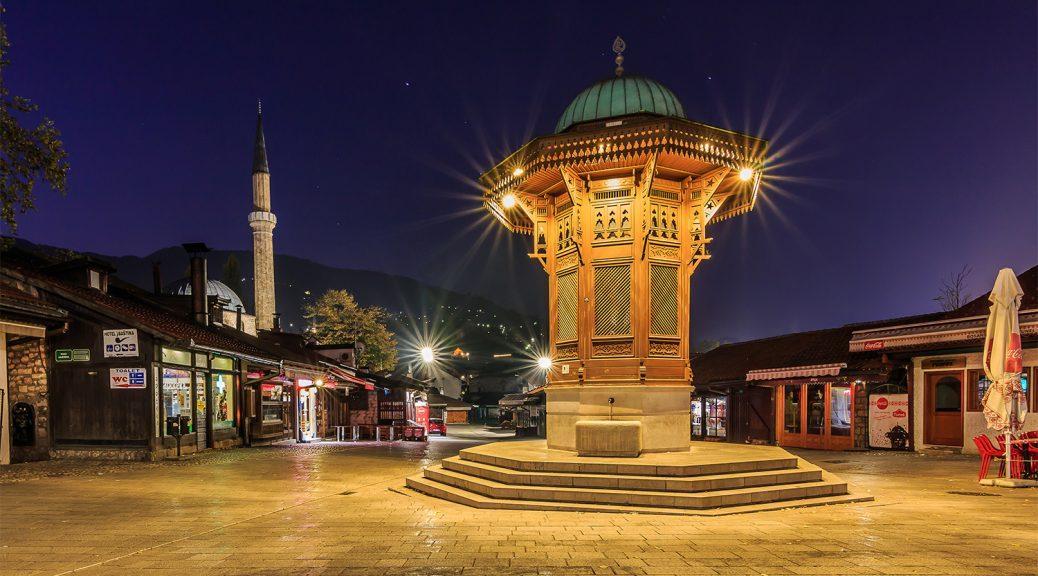 Sebilj in Sarajevo zur blauen Stunde